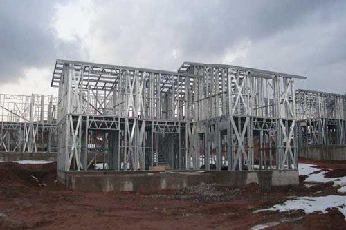 Здания на основе облегчённого металлического каркаса в Междуреченске